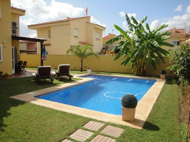 Piscinas de segunda mano beautiful latest valla piscina for Mobiliario exterior el corte ingles