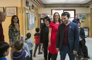 Marzá visita un centre educatiu de Bonrepòs i Mirambell per a agilitar els tràmits per a la seua ampliació