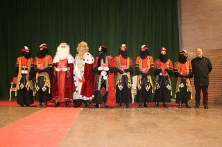 Més d'un centenar de xiquets i xiquetes d'Almàssera participen en la cavalcada dels Reis Mags