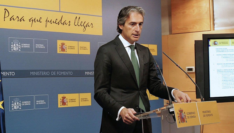El ministro de Fomento, Íñigo de la Serna, durante la presentación del Plan Estatal de Vivienda 2018-2021. (EFE)