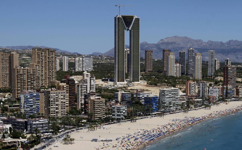 El rascacielos In Tempo de Benidorm tiene 47 plantas y 269 viviendas. (Foto: Alicante)