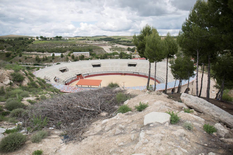 Plaza de toros de Almoguera, una de las más grandes de Castilla-La Mancha. (D.B.)