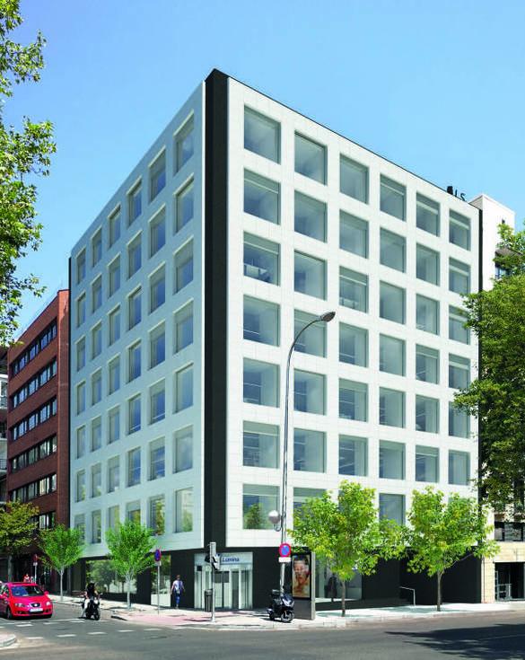 Edificio ubicado en el número 41 de José Abascal.